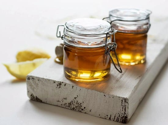how to lighten hair naturally with honey